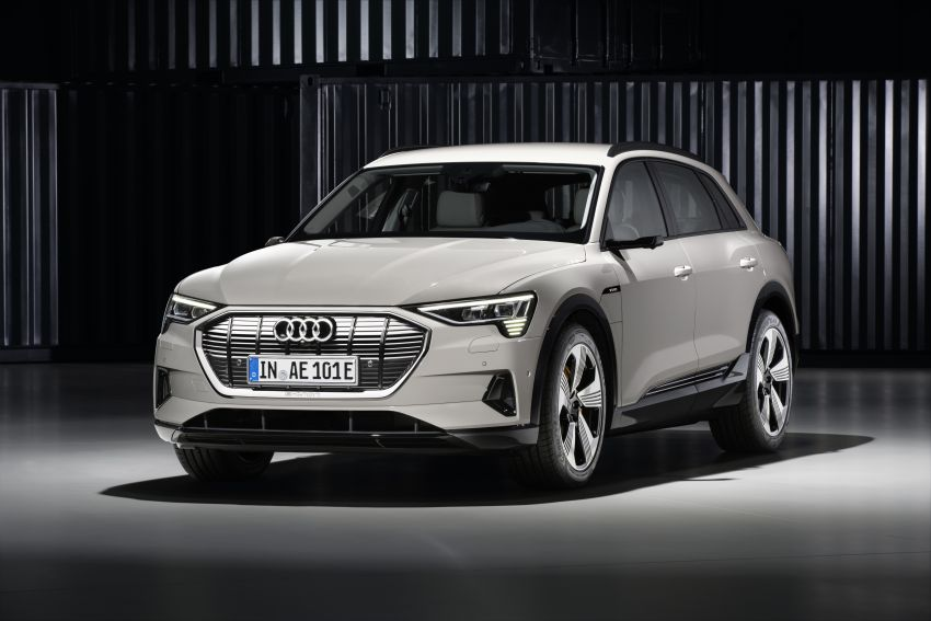 Audi e-tron celebrates global debut in San Francisco – brand's first series production, all-electric SUV Image #861765