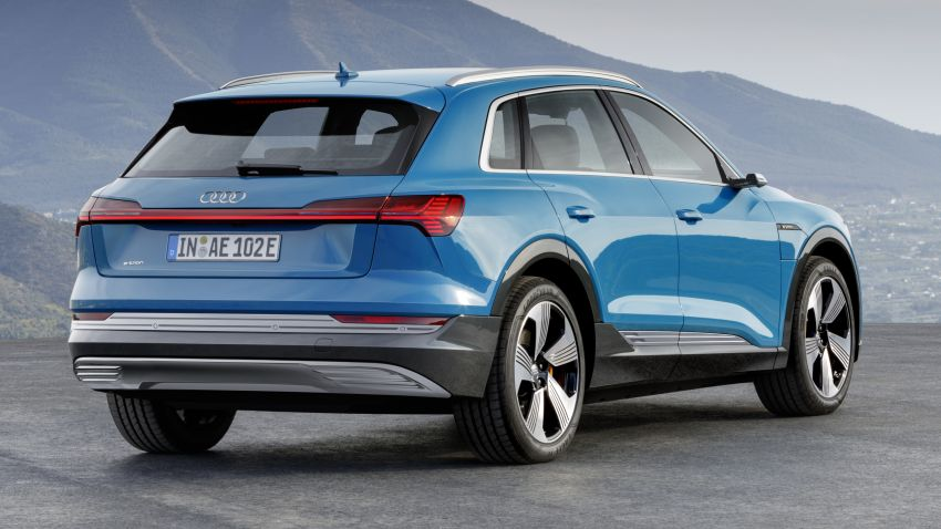 Audi e-tron celebrates global debut in San Francisco – brand's first series production, all-electric SUV Image #861769