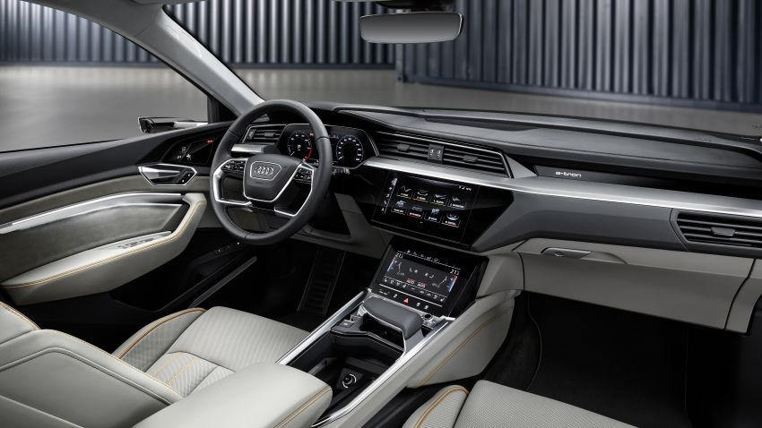 Audi e-tron celebrates global debut in San Francisco – brand's first series production, all-electric SUV Image #861780