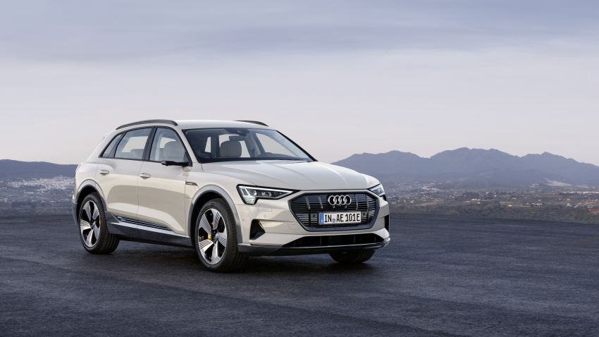 Audi e-tron celebrates global debut in San Francisco – brand's first series production, all-electric SUV Image #861782
