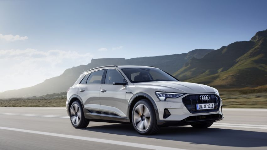 Audi e-tron celebrates global debut in San Francisco – brand's first series production, all-electric SUV Image #861784