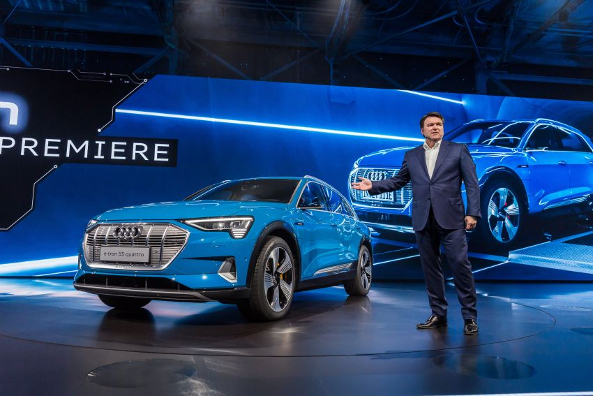 Audi e-tron celebrates global debut in San Francisco – brand's first series production, all-electric SUV Image #862140