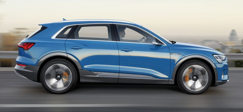 Audi e-tron celebrates global debut in San Francisco – brand's first series production, all-electric SUV Image #861758