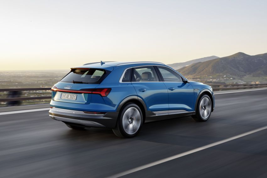 Audi e-tron celebrates global debut in San Francisco – brand's first series production, all-electric SUV Image #861761