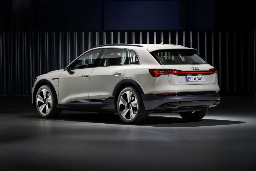 Audi e-tron celebrates global debut in San Francisco – brand's first series production, all-electric SUV Image #861764