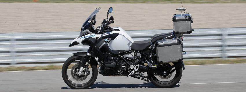 VIDEO: BMW Motorrad previews autonomous bike Image #860433