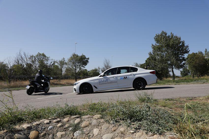 VIDEO: BMW Motorrad previews autonomous bike Image #860439