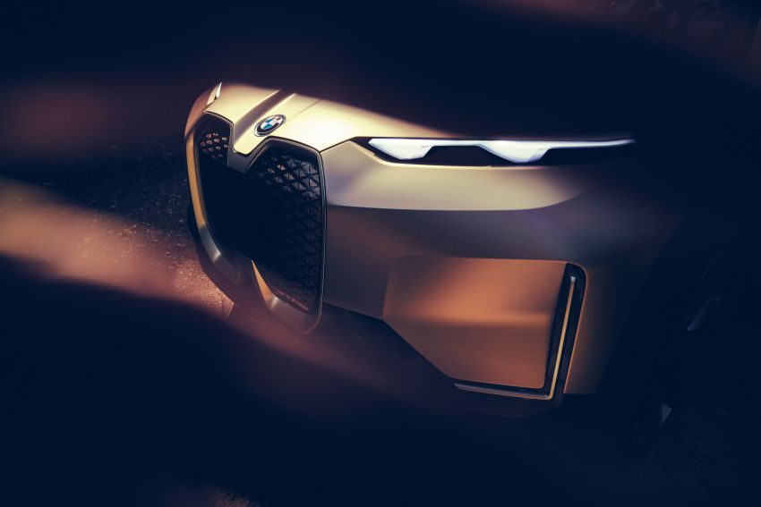 BMW Vision iNEXT previews all-electric SUV for 2021 Image #862285