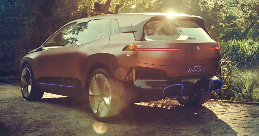 BMW Vision iNEXT previews all-electric SUV for 2021 Image #862288