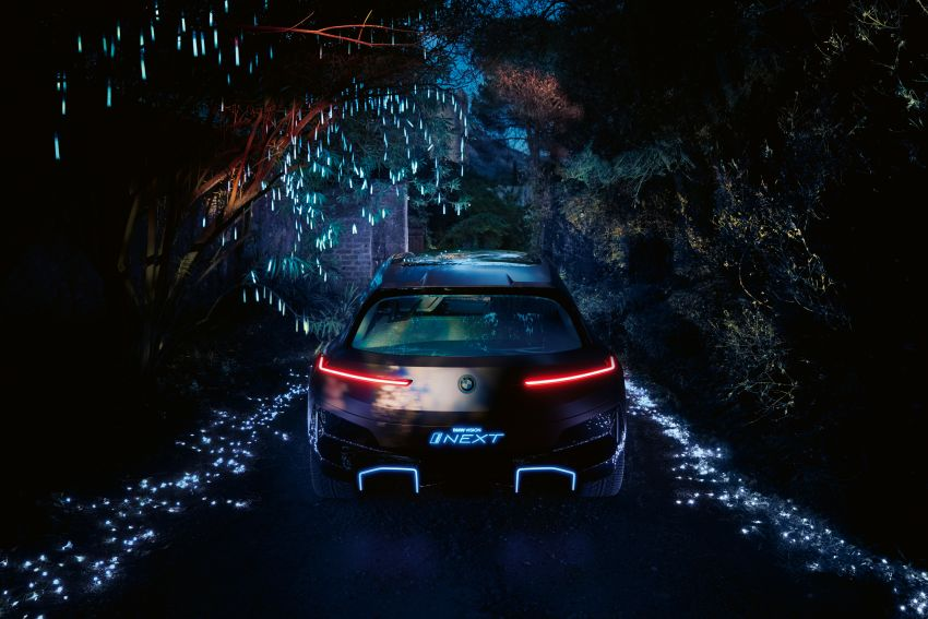 BMW Vision iNEXT previews all-electric SUV for 2021 Image #862289
