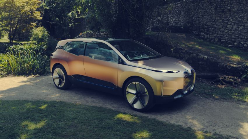 BMW Vision iNEXT previews all-electric SUV for 2021 Image #862302