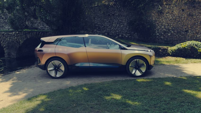 BMW Vision iNEXT previews all-electric SUV for 2021 Image #862303