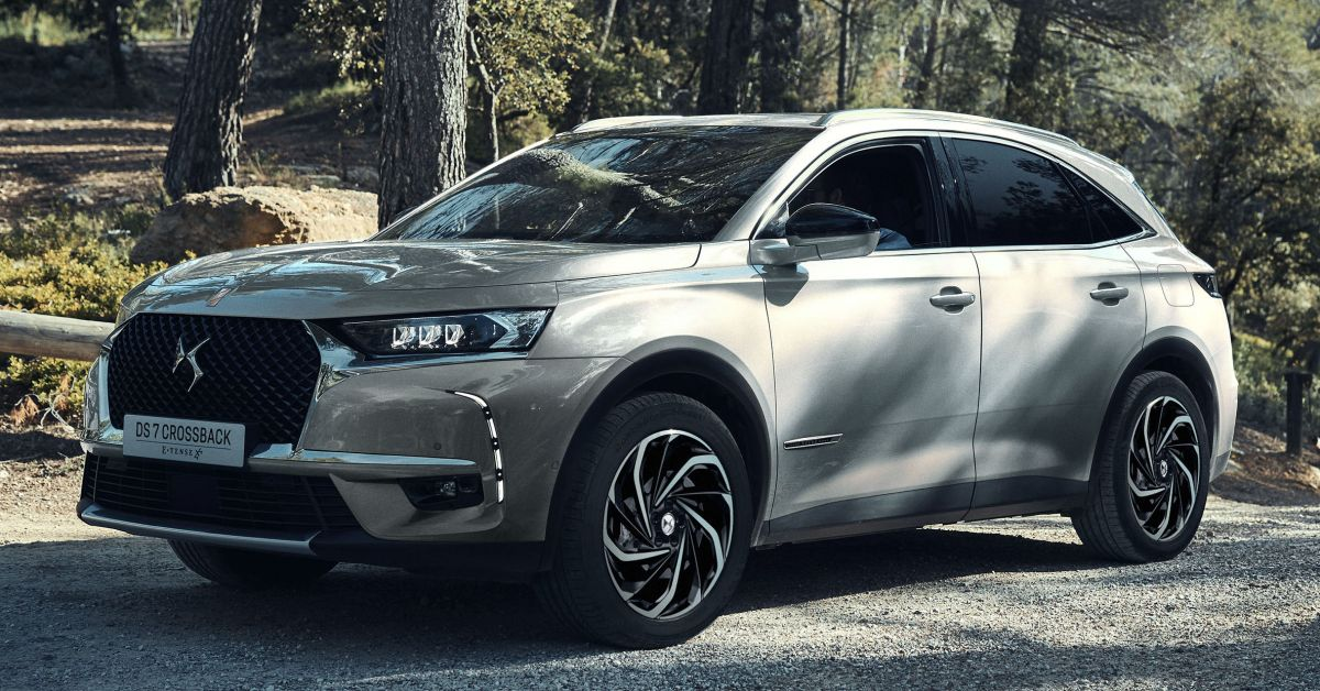ds7 crossback e tense 4x4 suv phev with 296 hp. Black Bedroom Furniture Sets. Home Design Ideas