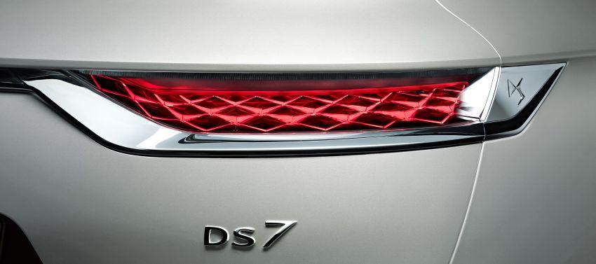 DS7-Crossback-E-Tense-5-850x377.jpg