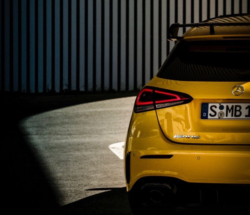 Mercedes-AMG A35 teased – 300 PS Golf R fighter? Image #861665