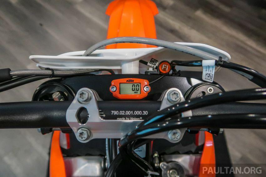 KTM Malaysia lancar model offroad tahun 2019 – pilihan enjin 250 hingga 450 cc, empat strok/dua strok Image #865119