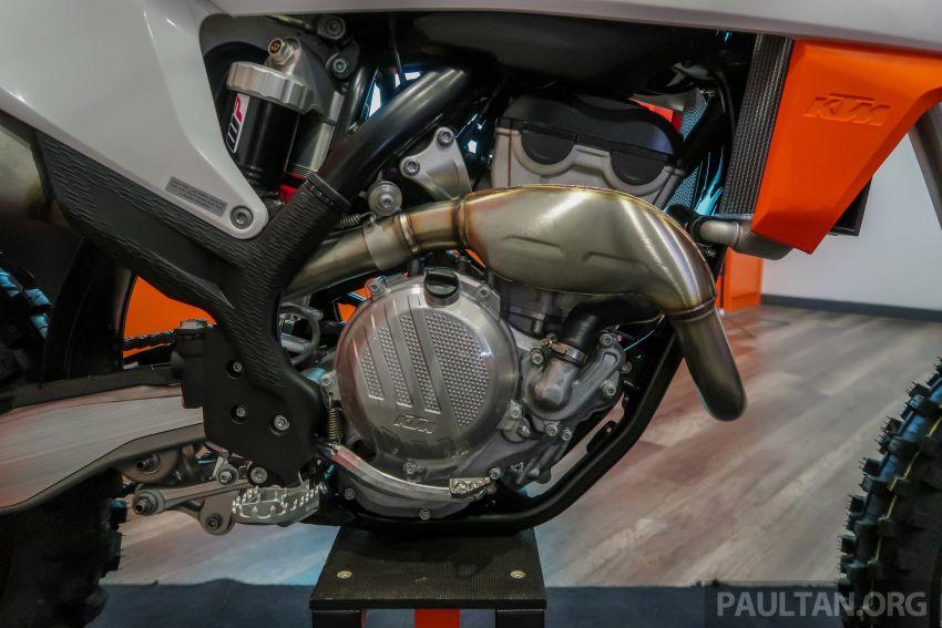 KTM Malaysia lancar model offroad tahun 2019 – pilihan enjin 250 hingga 450 cc, empat strok/dua strok Image #865115