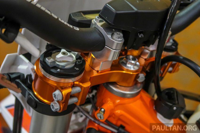 KTM Malaysia lancar model offroad tahun 2019 – pilihan enjin 250 hingga 450 cc, empat strok/dua strok Image #865165