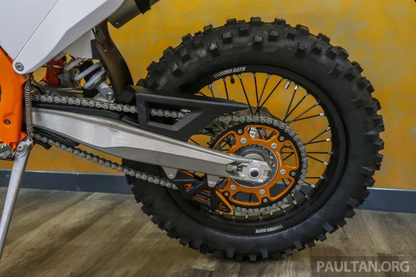 KTM Malaysia lancar model offroad tahun 2019 – pilihan enjin 250 hingga 450 cc, empat strok/dua strok Image #865179