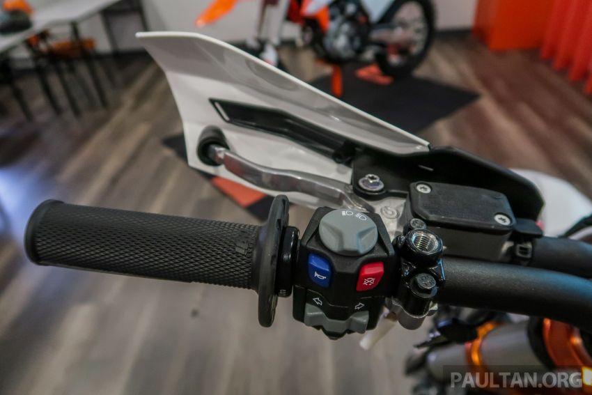 KTM Malaysia lancar model offroad tahun 2019 – pilihan enjin 250 hingga 450 cc, empat strok/dua strok Image #865229