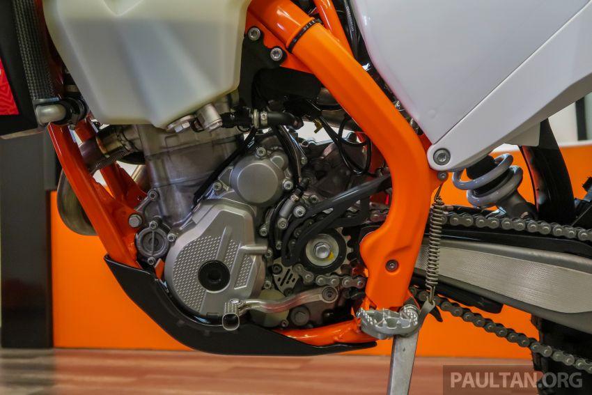 KTM Malaysia lancar model offroad tahun 2019 – pilihan enjin 250 hingga 450 cc, empat strok/dua strok Image #865235