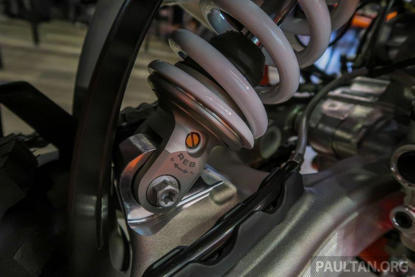 KTM Malaysia lancar model offroad tahun 2019 – pilihan enjin 250 hingga 450 cc, empat strok/dua strok Image #865244