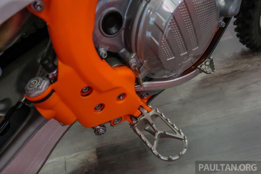 KTM Malaysia lancar model offroad tahun 2019 – pilihan enjin 250 hingga 450 cc, empat strok/dua strok Image #865245