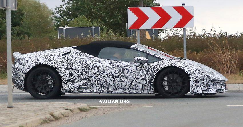 SPYSHOT: Lamborghini Huracan Spyder facelift dikesan – mungkin diperkenalkan pada 2019 atau 2020 Image #866112
