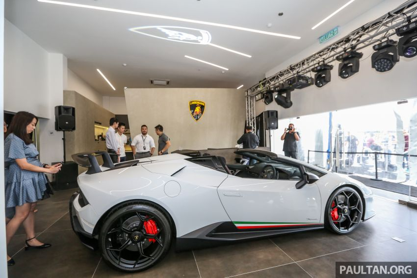 Lamborghini Kuala Lumpur unveils its revamped Glenmarie 3S centre, featuring automaker's new CI Image #861079