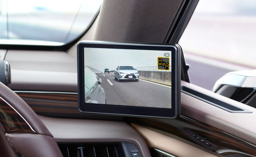 Lexus Digital Outer Mirrors debuts on the new ES in Japan ...