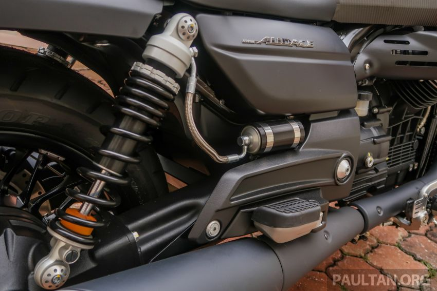 Moto Guzzi Audace Carbon tiba di Malaysia – RM123k Image #862037