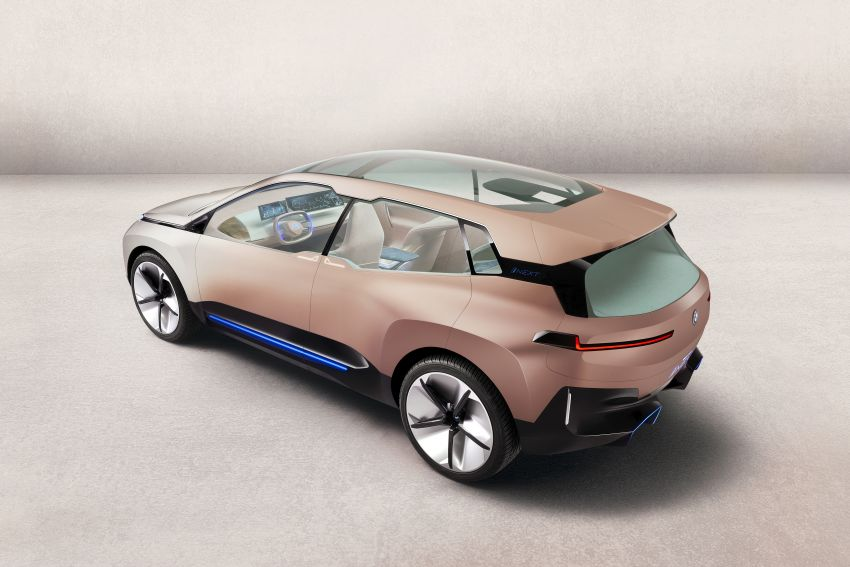 BMW Vision iNEXT previews all-electric SUV for 2021 Image #895751