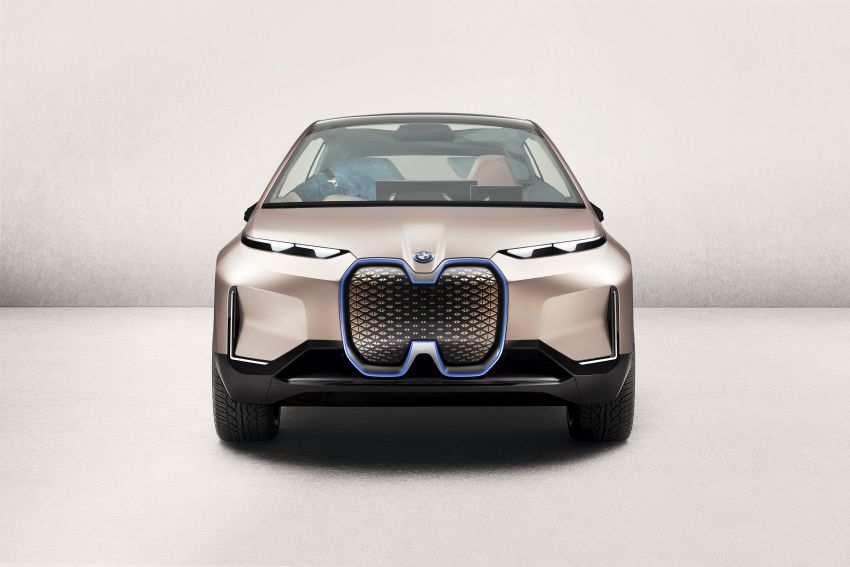 BMW Vision iNEXT previews all-electric SUV for 2021 Image #895755