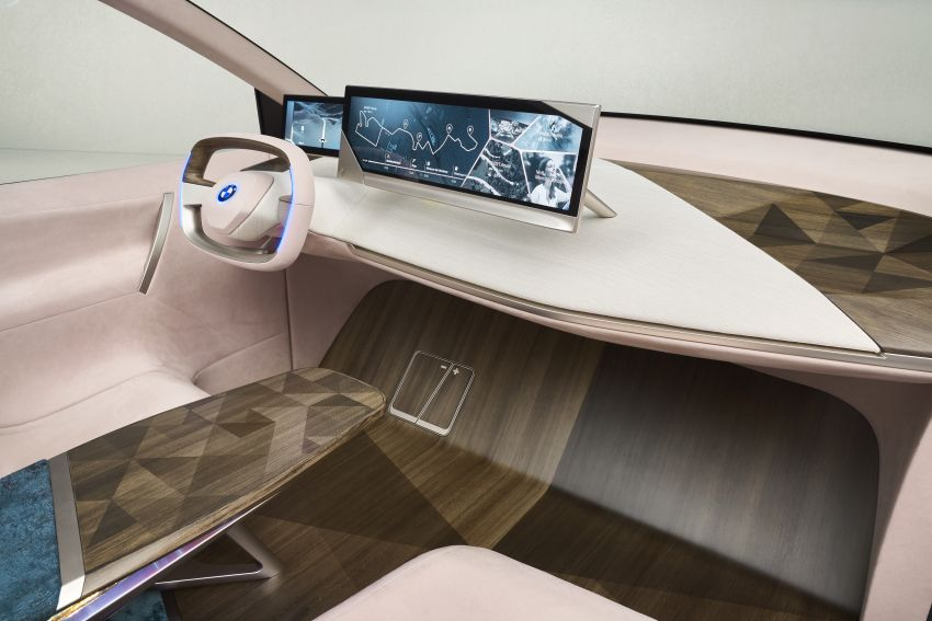 BMW Vision iNEXT previews all-electric SUV for 2021 Image #895761