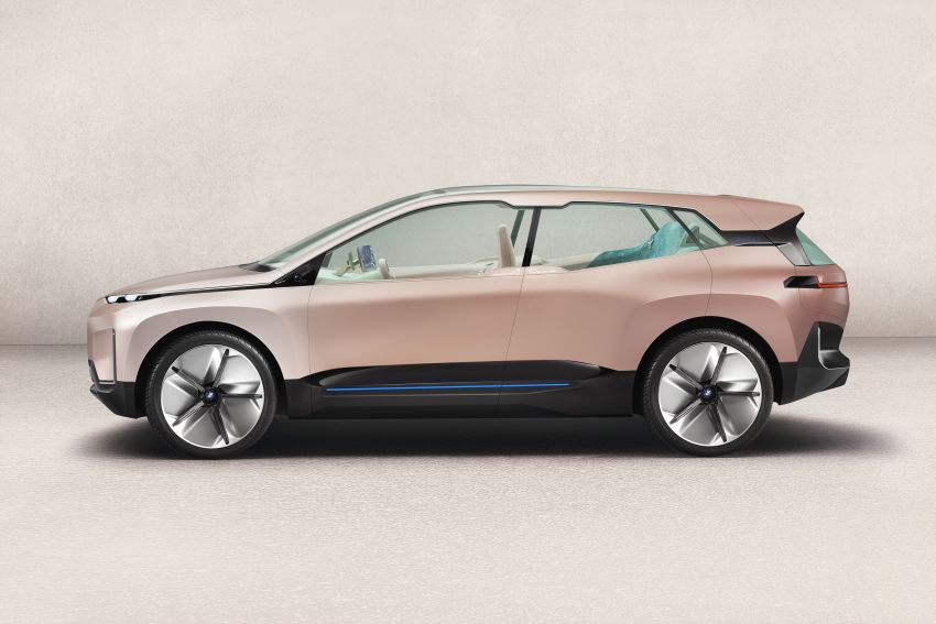 BMW Vision iNEXT previews all-electric SUV for 2021 Image #895769
