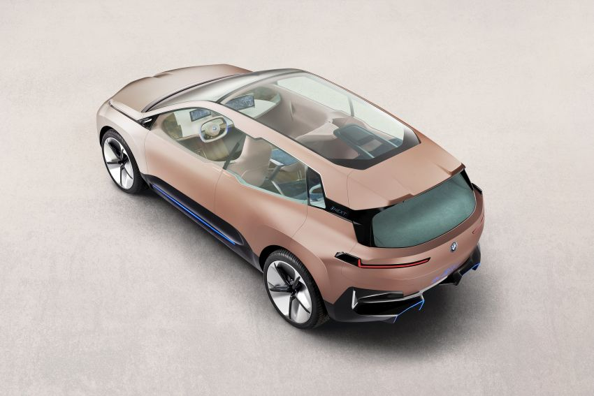 BMW Vision iNEXT previews all-electric SUV for 2021 Image #895770