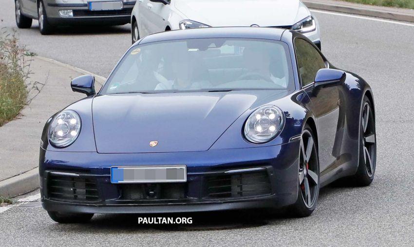 SPYSHOT: Porsche 911 generasi baharu terdedah, sedang diuji tanpa sebarang pelekat penyamaran Image #857368