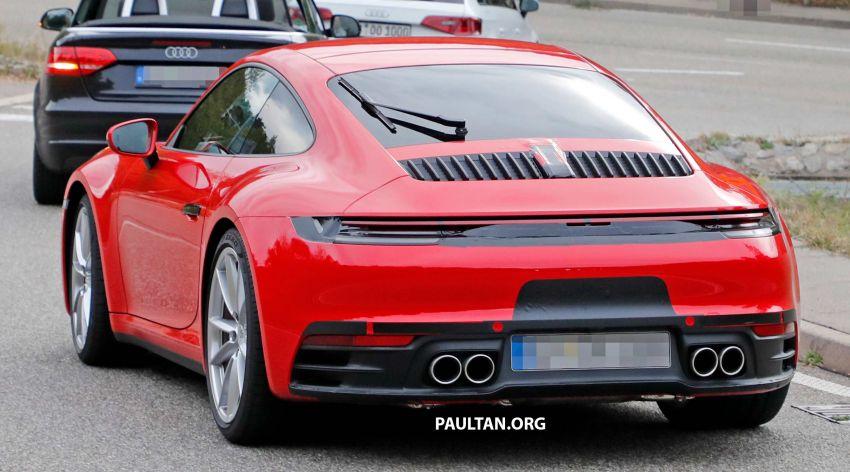 SPYSHOTS: 992-generation Porsche 911 uncovered Image #857057