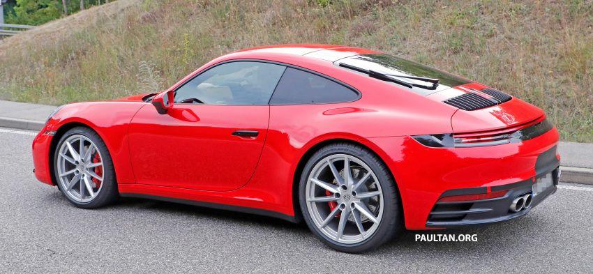 SPYSHOT: Porsche 911 generasi baharu terdedah, sedang diuji tanpa sebarang pelekat penyamaran Image #857373