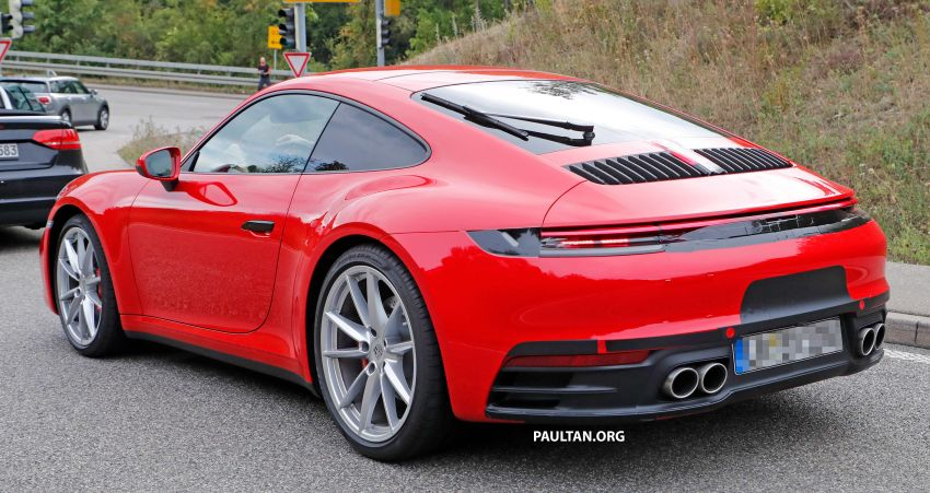 SPYSHOTS: 992-generation Porsche 911 uncovered Image #857054