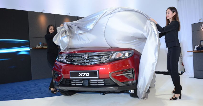 Proton X70 SUV previews start with first stop in Petaling Jaya – more events in other cities until Nov 4 Image #864359