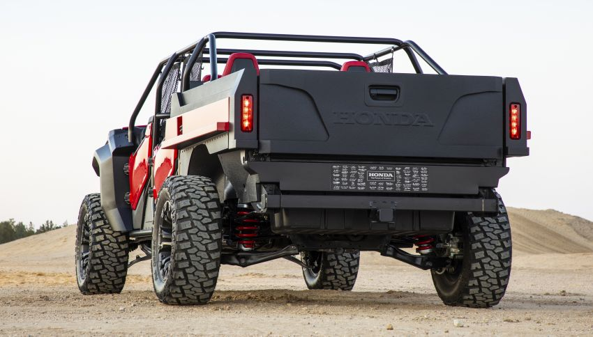 Honda Rugged Open Air Vehicle concept debuts at SEMA – an edgy mix of the Ridgeline and Pioneer 1000 Image #881092