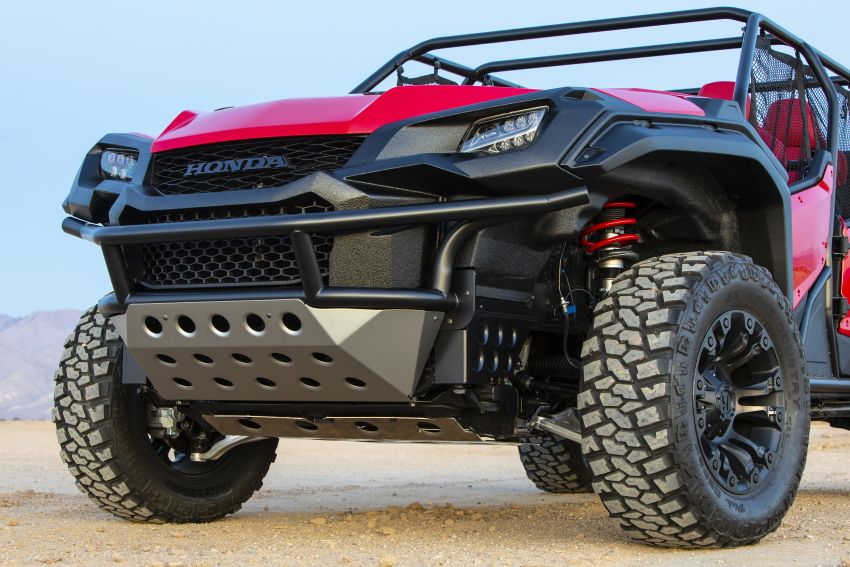Honda Rugged Open Air Vehicle concept debuts at SEMA – an edgy mix of the Ridgeline and Pioneer 1000 Image #881097