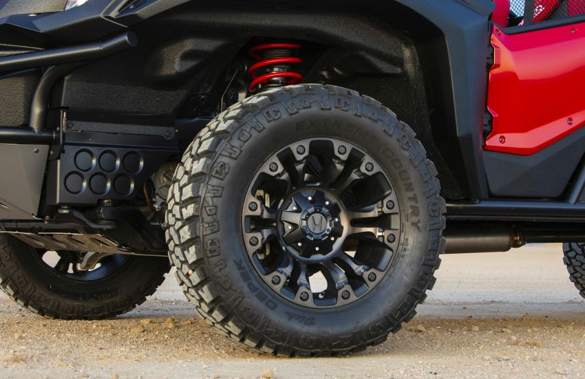Honda Rugged Open Air Vehicle concept debuts at SEMA – an edgy mix of the Ridgeline and Pioneer 1000 Image #881101