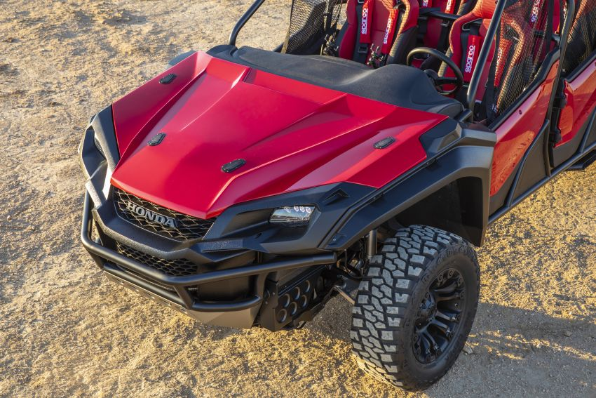 Honda Rugged Open Air Vehicle concept debuts at SEMA – an edgy mix of the Ridgeline and Pioneer 1000 Image #881103