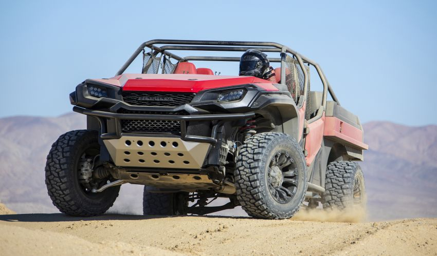 Honda Rugged Open Air Vehicle concept debuts at SEMA – an edgy mix of the Ridgeline and Pioneer 1000 Image #881107