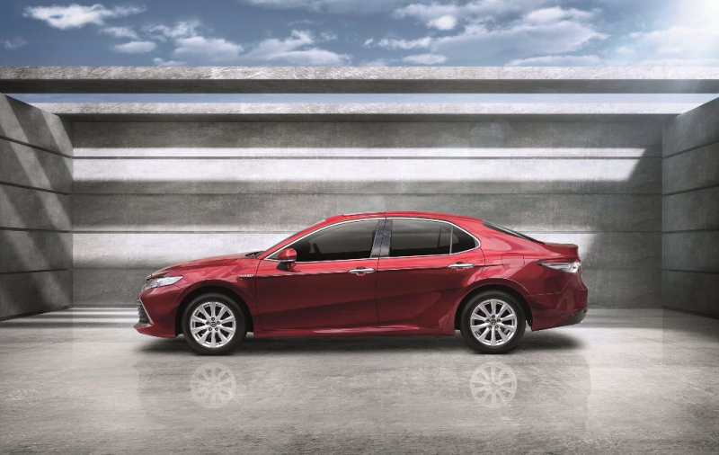 2018 Toyota Camry launched in Thailand – four variants, including hybrids; priced from 1.445 mil baht Image #880331