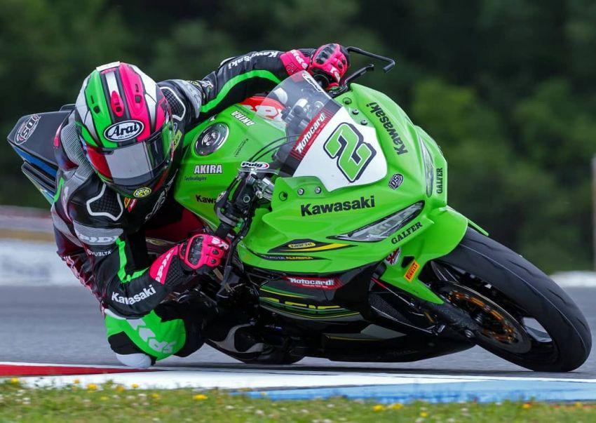 Ana Carrasco first female motorcycle World Champion – wins SSP300 Championship on Kawasaki Ninja 400 Image #866386