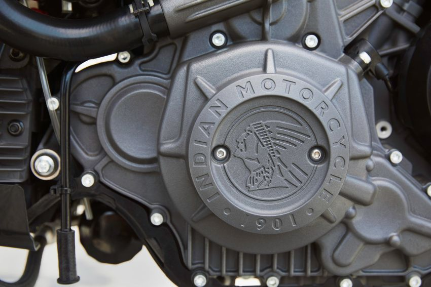 Indian FTR 1200 guna badan <em>flat tracker</em>, enjin 1,200 cc Image #867382