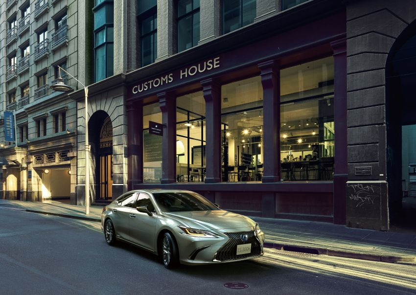 2019 Lexus ES launched in Japan – world's first side-view cameras, ES 300h hybrid only, RM216k to RM259k Image #878706